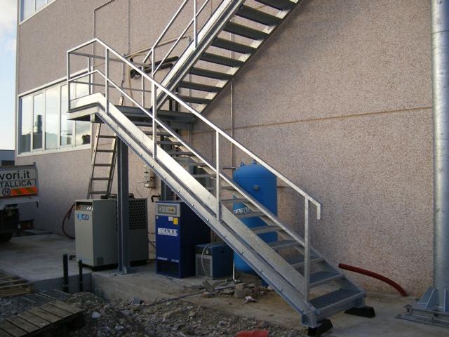Scala antincendio scala di sicurezza in ferro - Scale di ferro ...