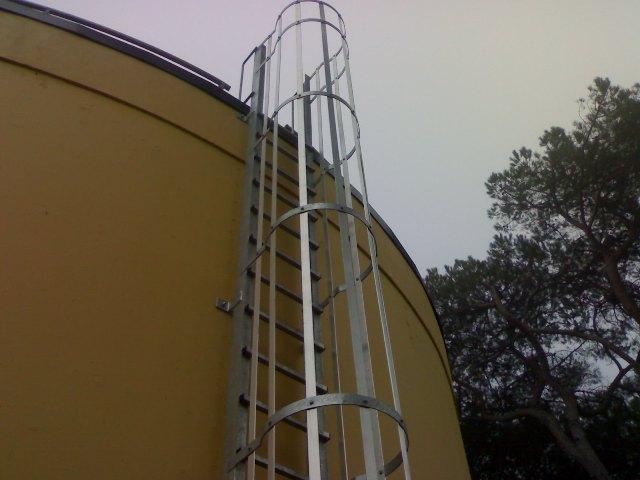 Scala in ferro scala di sicurezza scala alla marinara - Scale di ferro ...